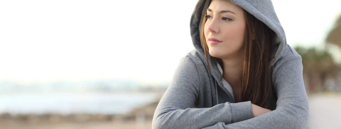 Home-Page-Sider-hooded girl shutterstock_373977883 (1)